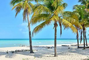 Isla Mujeres tour from Cancun