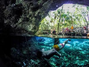 tour a cenote la gloria desde cancun